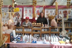 Verkaufsstand Ayurveda und Hanfprodukte
